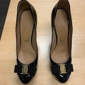 Salvatore Ferragamo Black High Heels-39